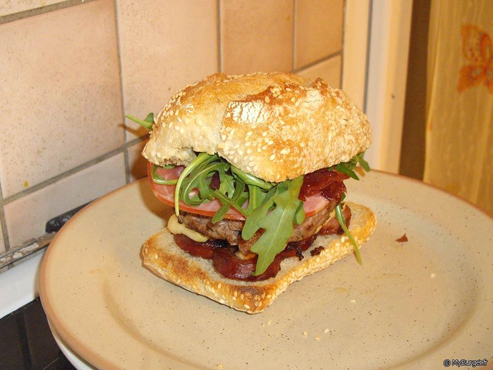 recette du burger fum auvergnat burger maison recette. Black Bedroom Furniture Sets. Home Design Ideas