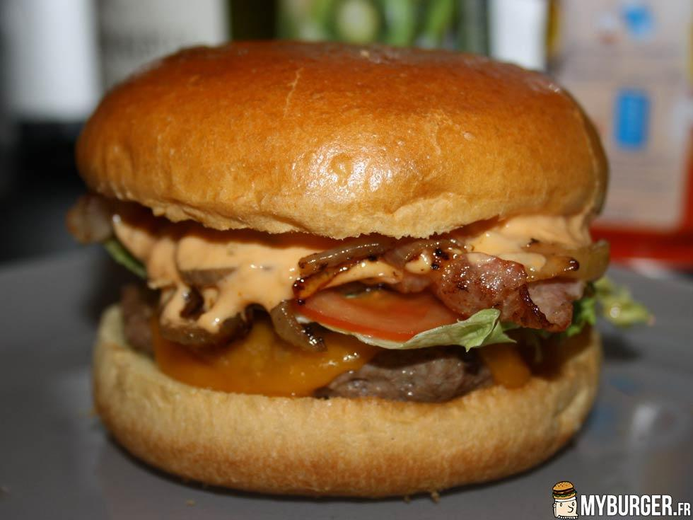 recette du bacon club house burger maison recette avis test. Black Bedroom Furniture Sets. Home Design Ideas