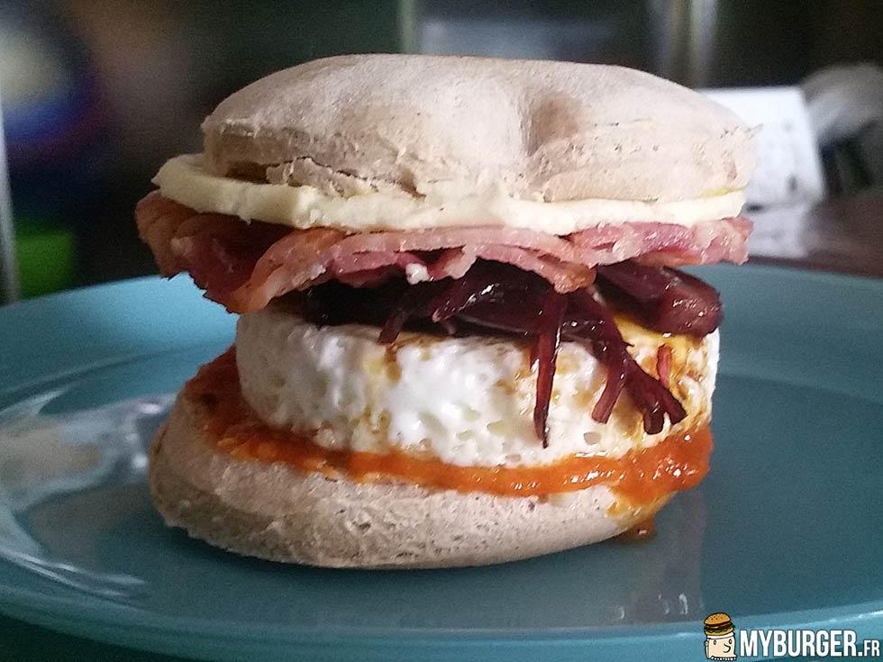 Voir la chronique du CEBB (Customized English Breakfast Burger)