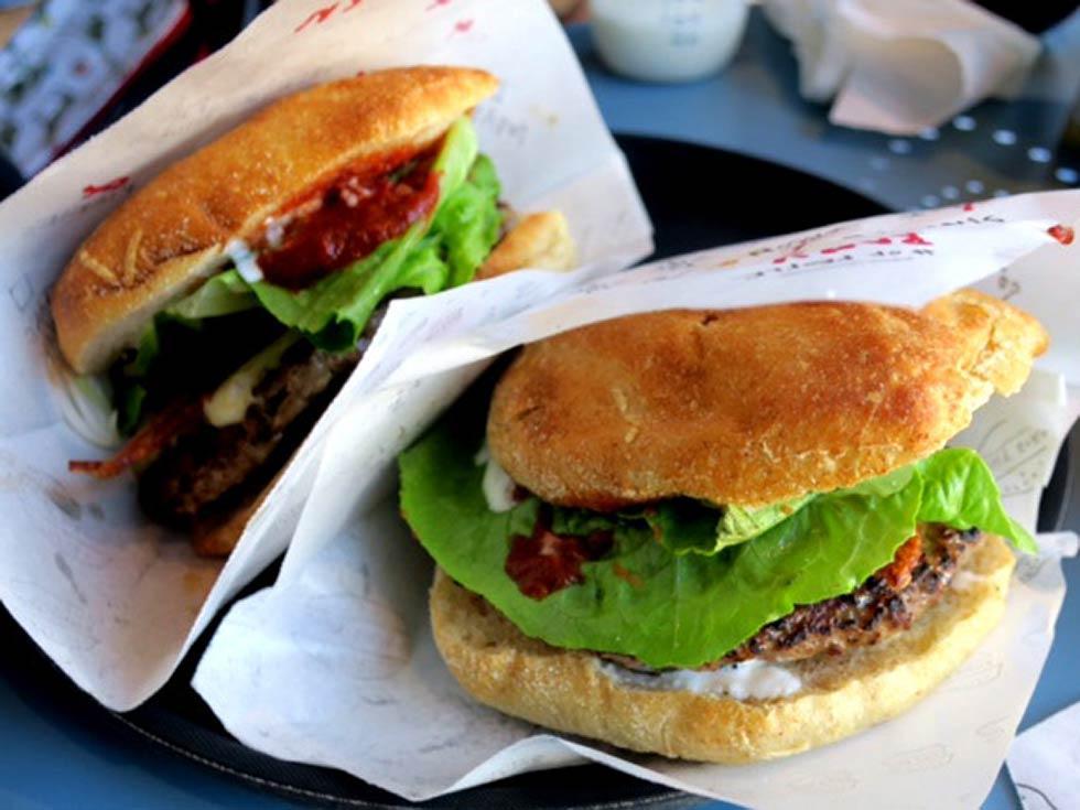photos de bacon cheese burger juicy burger par el catala. Black Bedroom Furniture Sets. Home Design Ideas