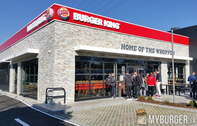 burger king fr queue d 39 enfer pour une ouverture les enseignes. Black Bedroom Furniture Sets. Home Design Ideas